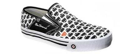 Una de zapatos de videojuegos